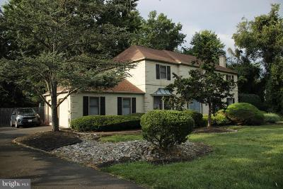 Yardley Single Family Home For Sale: 1534 Clark Drive