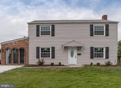 Levittown Single Family Home For Sale: 125 Terrace Road
