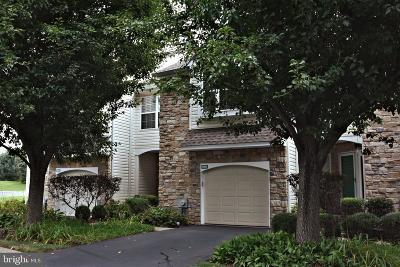 Bucks County Condo For Sale: 566 Aspen Woods Drive #68