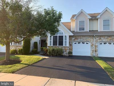 Warminster Townhouse For Sale: 144 Grandview Drive