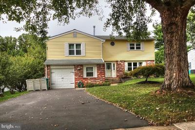 Single Family Home For Sale: 9 N Lancaster Lane
