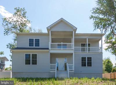 Bucks County Single Family Home For Sale: 713 Crown Street