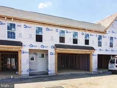 Mechanicsburg Townhouse For Sale: 3210 Shultz Place