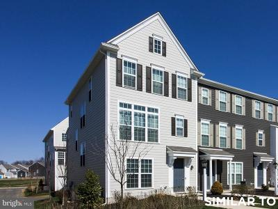 Camp Hill, Mechanicsburg Townhouse For Sale: 116 Morefield Way