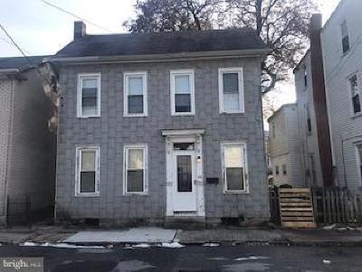 Mechanicsburg Single Family Home For Sale: 231 W Locust Street