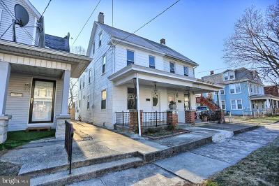 Lemoyne Single Family Home For Sale: 126 Herman Avenue