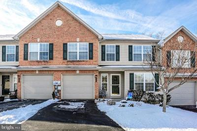 Camp Hill, Mechanicsburg Townhouse For Sale: 4370 Roth Farm Village Circle