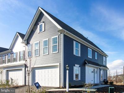 Camp Hill, Mechanicsburg Townhouse For Sale: 3261 Katie Way
