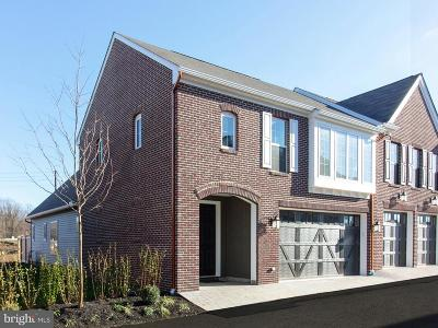 Camp Hill, Mechanicsburg Townhouse For Sale: 3209 Emerson Way