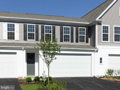 Camp Hill, Mechanicsburg Townhouse For Sale: 3263 Lark Way