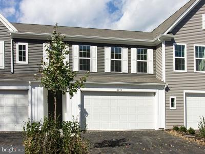 Camp Hill, Mechanicsburg Townhouse For Sale: 3273 Katie Way