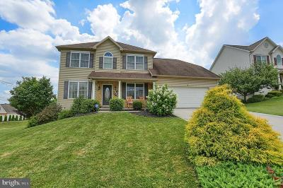 Cumberland County Single Family Home For Sale: 8 Pine Creek Drive