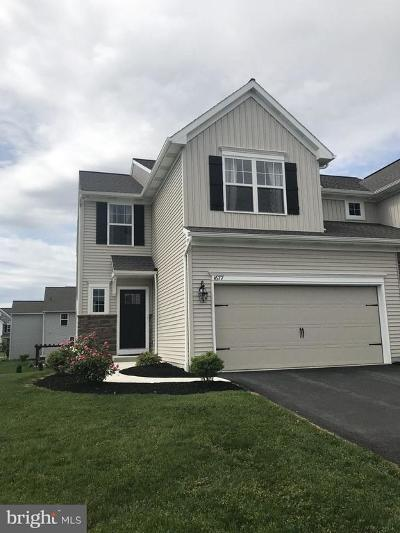Camp Hill, Mechanicsburg Townhouse For Sale: 1677 Haralson Drive