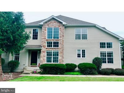 West Chester Townhouse For Sale: 256 Torrey Pine Court