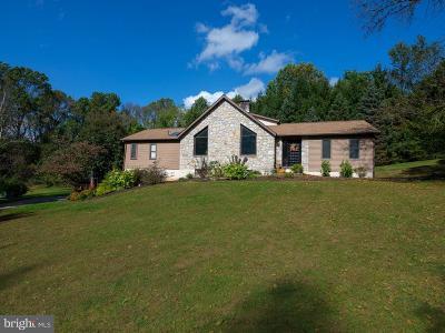 Chester Springs Single Family Home For Sale: 300 Cedar Ridge Lane