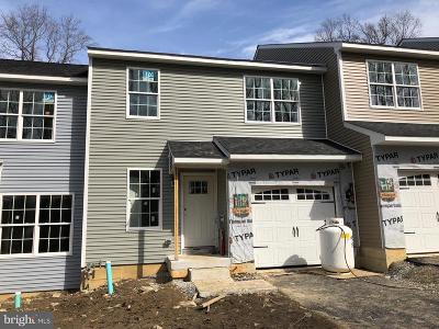 Downingtown Townhouse For Sale: 4 Graham Drive