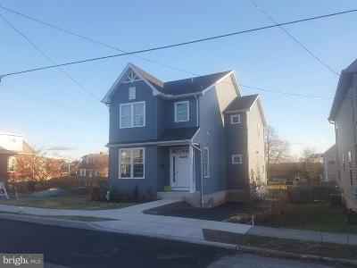 Phoenixville Single Family Home For Sale: 500 Emmett Street