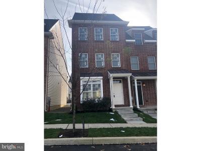 Kennett Square Townhouse For Sale: 612 D Street