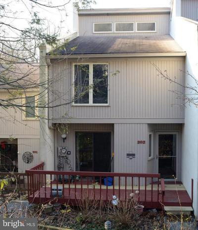 West Chester Townhouse For Sale: 202 Westtown Circle