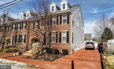 West Chester Townhouse For Sale: 421 Wollerton Street