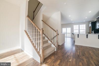 Downingtown Townhouse For Sale: 323 Dawson Place #75