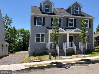 Phoenixville Single Family Home For Sale: 24 High St
