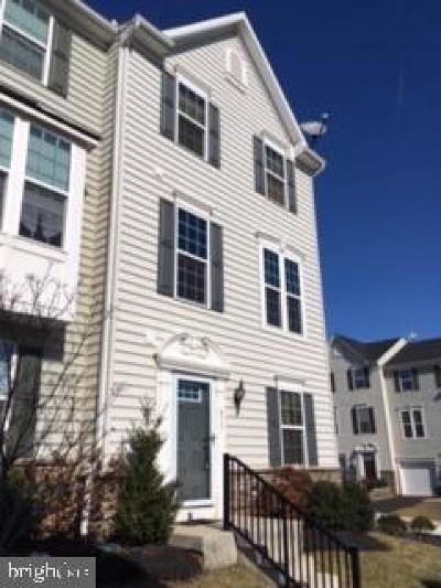 Chester County Townhouse For Sale: 611 Washington Square