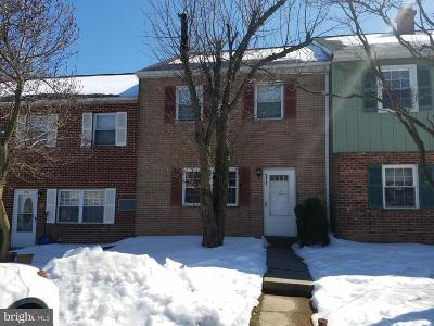 West Chester Townhouse For Sale: 275 Cardigan Terrace