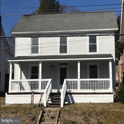 West Grove Single Family Home For Sale: 125 W Evergreen Street