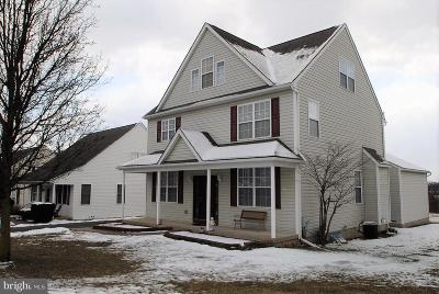 Oxford Single Family Home For Sale: 315 Manchester Street