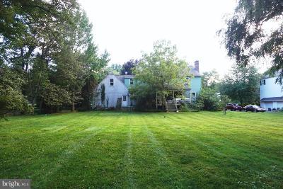 Berwyn Single Family Home For Sale: 527 Green Hill Lane