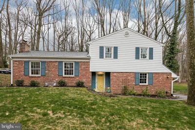 Wayne Single Family Home For Sale: 214 Vassar Circle