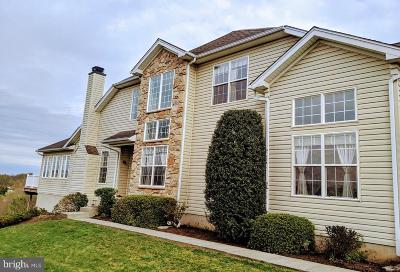 West Chester Townhouse For Sale: 207 Silverbell Court