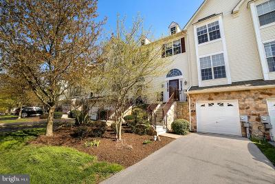 West Chester Townhouse For Sale: 138 Fringetree Drive