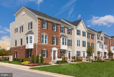 West Chester Townhouse For Sale: 104 Peabody Way