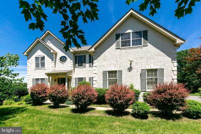 West Chester Single Family Home For Sale: 1341 Wooded Knoll