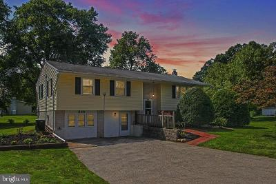 Phoenixville PA Single Family Home For Sale: $349,900