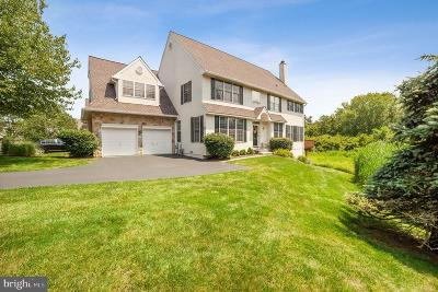 Newtown Square Townhouse For Sale: 1105 Whispering Brooke Drive