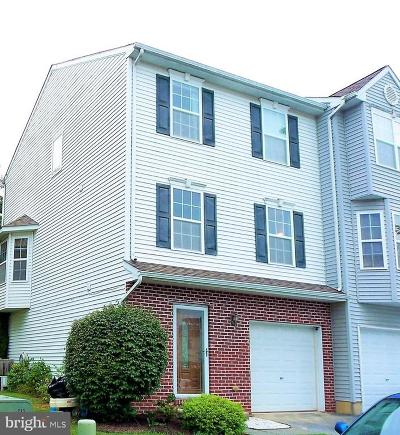 Townhouse For Sale: 106 McGuigan Way