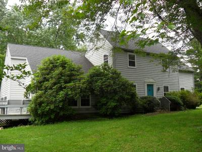 Downingtown Single Family Home For Sale: 520 Saybrooke Lane