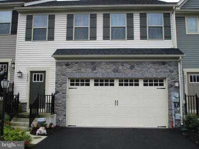 Harrisburg Townhouse For Sale: 4039 Silver Charm Court