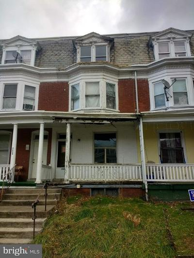 Dauphin County Townhouse For Sale: 2447 Reel Street
