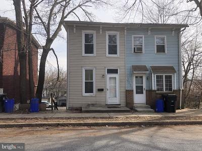 Harrisburg Single Family Home For Sale: 2035 Kensington Street