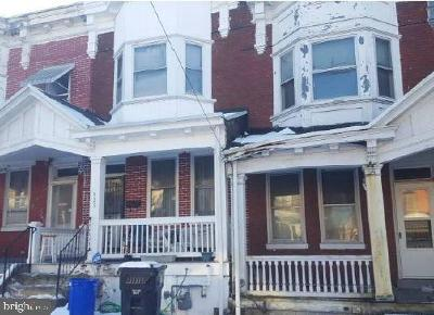 Dauphin County Single Family Home For Auction: 323 Woodbine Street