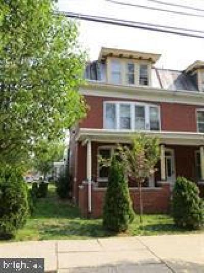 Harrisburg Townhouse For Sale: 231 Emerald Street
