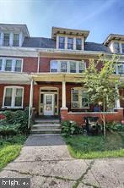 Harrisburg Townhouse For Sale: 223 Emerald Street
