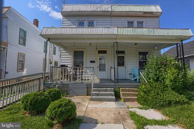 Dauphin County Single Family Home Under Contract: 2713 Banks Street