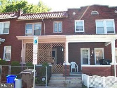 Harrisburg Townhouse For Sale: 2037 Zarker Street