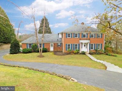 Newtown Square Single Family Home For Sale: 848 Briarwood Road