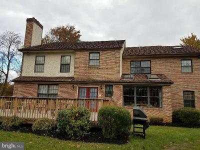 Delaware County Single Family Home For Sale: 2890 Old Cedar Grove Road
